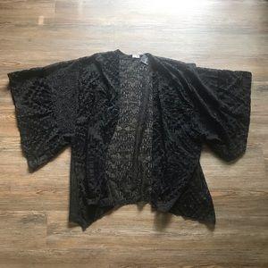 Hollister Kimono
